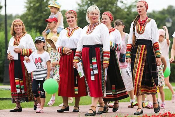 جشنواره دشت روس 20 جولای در پارک کالومنسکایا