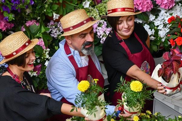جشنواره گل 2019 در پاساژ گوم از سه جولای تا 15 اوت