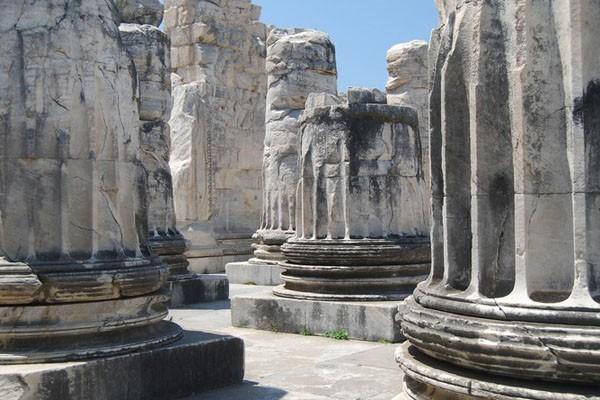 بهترین مکان ها برای دیدن و آنچه که باید انجام دهید در تور دیدیم ، ترکیه