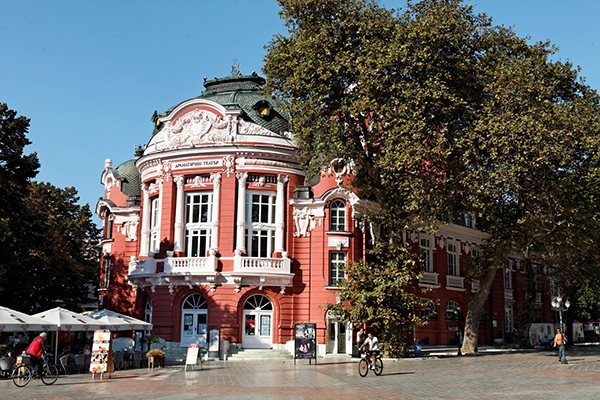 راهنمای سفر به بلغارستان؛ جاذبه های گردشگری وارنا